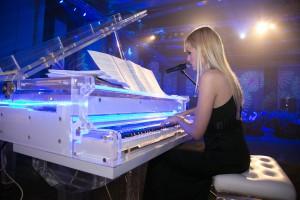 Aleksandra Krstic Dubai female pianist singer c